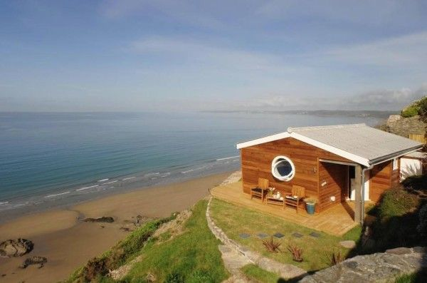 Photos Woman Built A Tiny 320 Sq Foot Cottage When You
