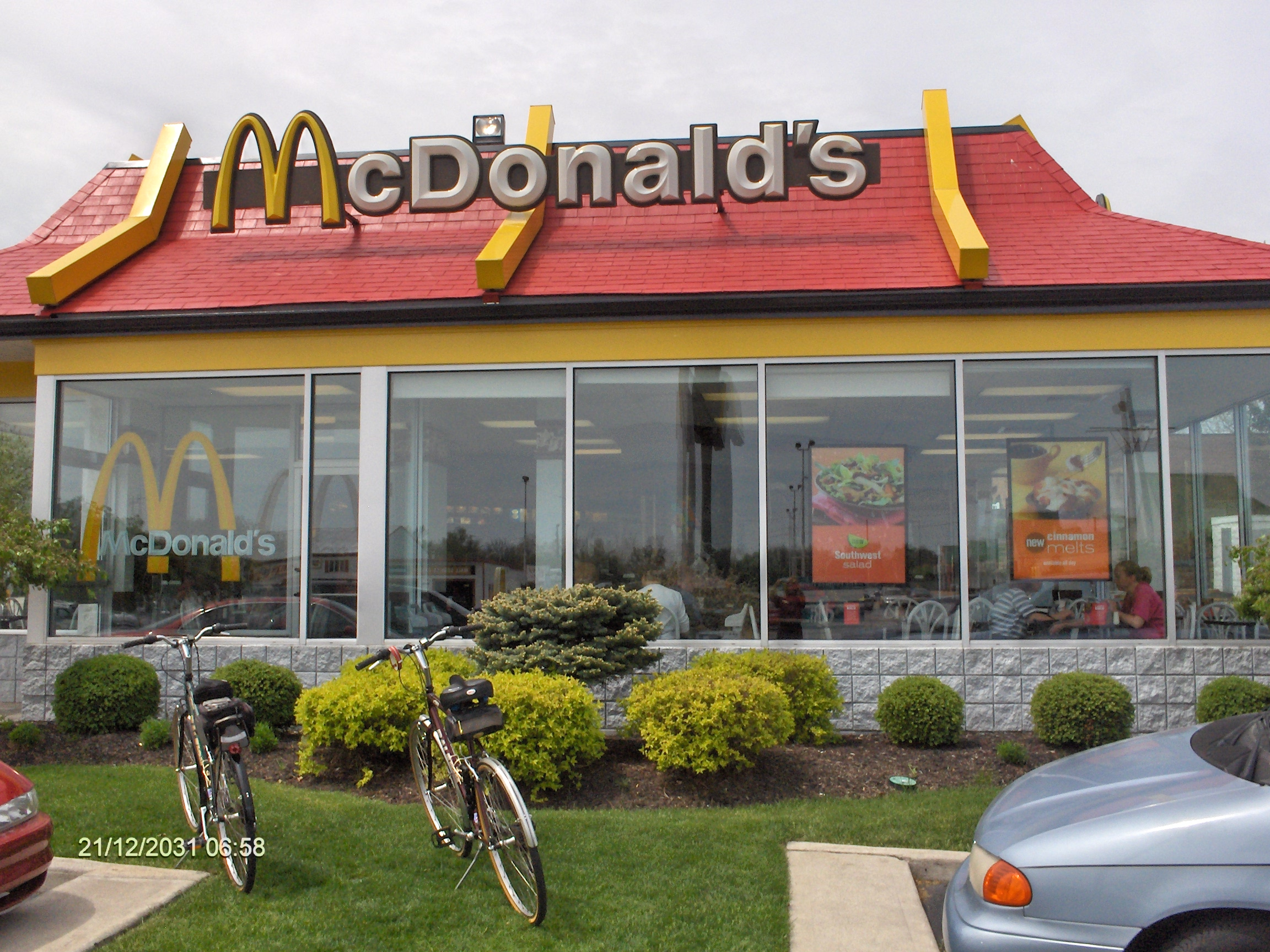 Mcdonald S Says Employees Should Sell Possessions To Make